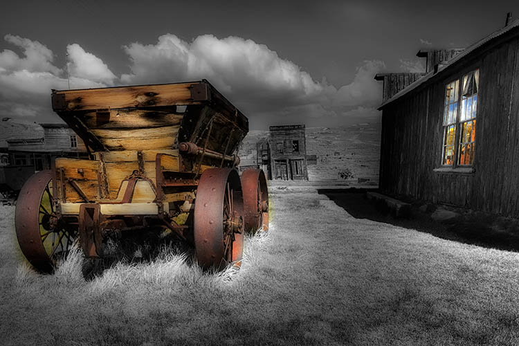_HDR4601e Bodie Ore cart